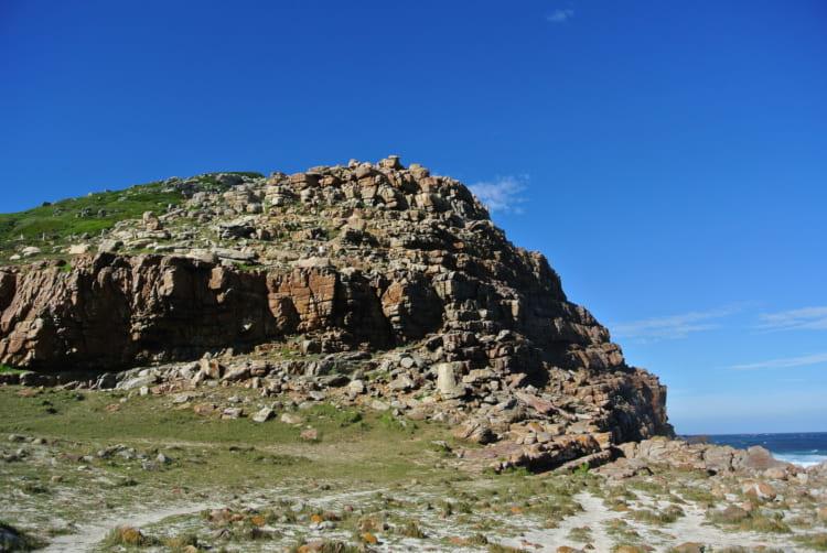 アフリカ最南端と思われがちな喜望峰、絶景の断崖を訪ねて
