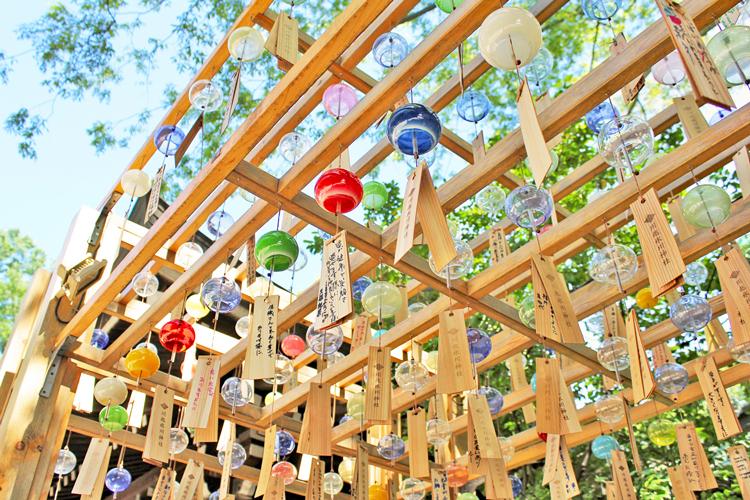 風鈴回廊を歩き、鯛を釣り、渦を食べる  川越氷川神社で過ごす夏