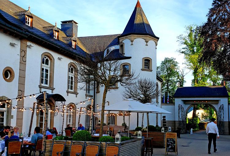古城ホテルのディナーに和の味 文豪ユゴーの家 ルクセンブルク