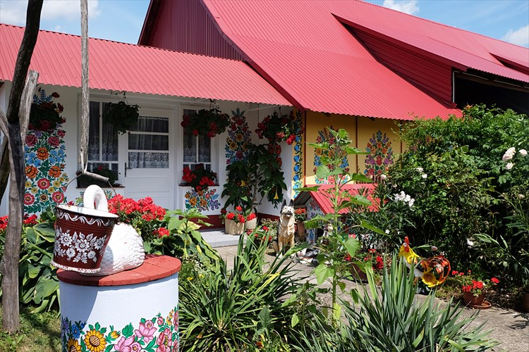 花柄模様のかわいすぎる村、ポーランド・ザリピエを訪ねて