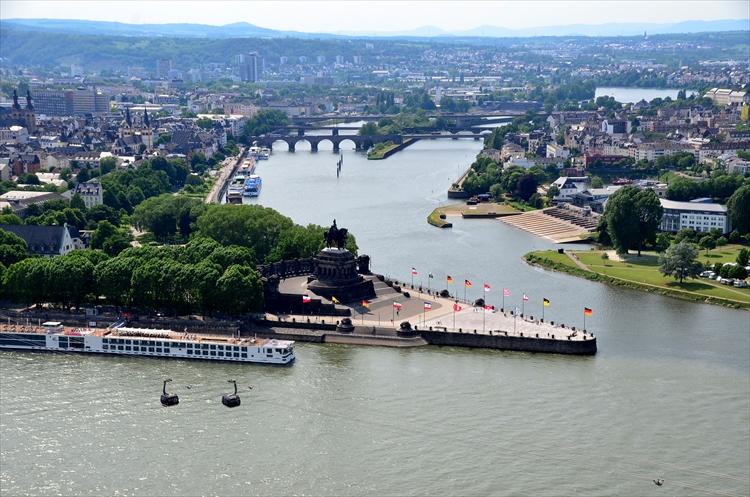 ライン川とモーゼル川が合流する絶景の地で超おいしいワイン