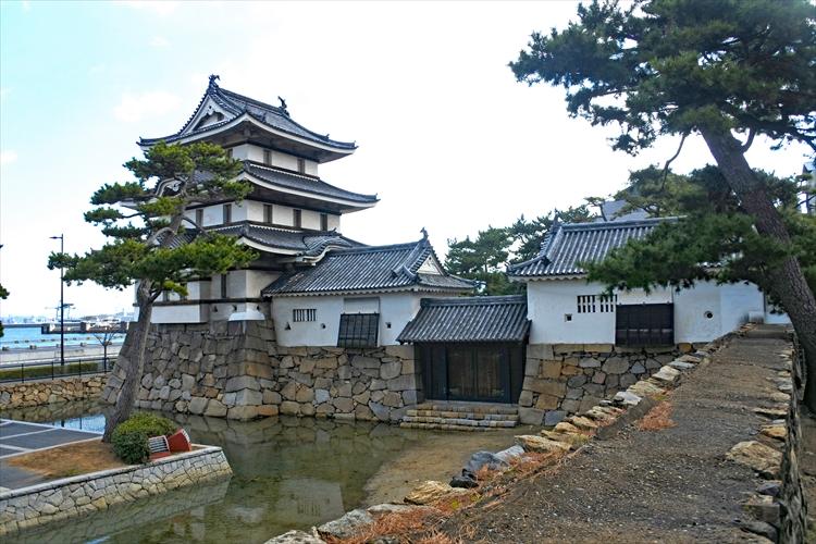 海に開けた水手御門、何のため? 高松城(1)