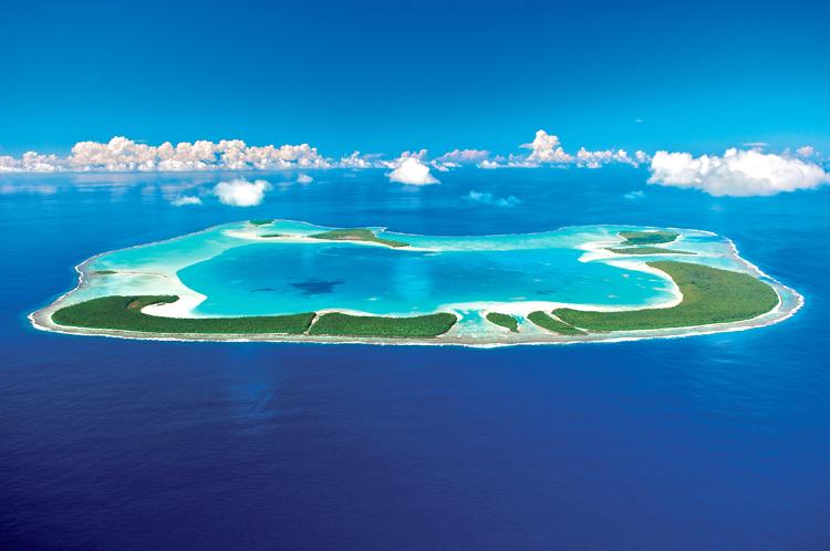 絶景!マーロン・ブランドが所有したタヒチの島々。理想を引き継いだリゾートに
