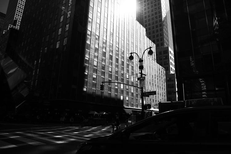 摩天楼のはざまの光と影 永瀬正敏が撮ったニューヨーク