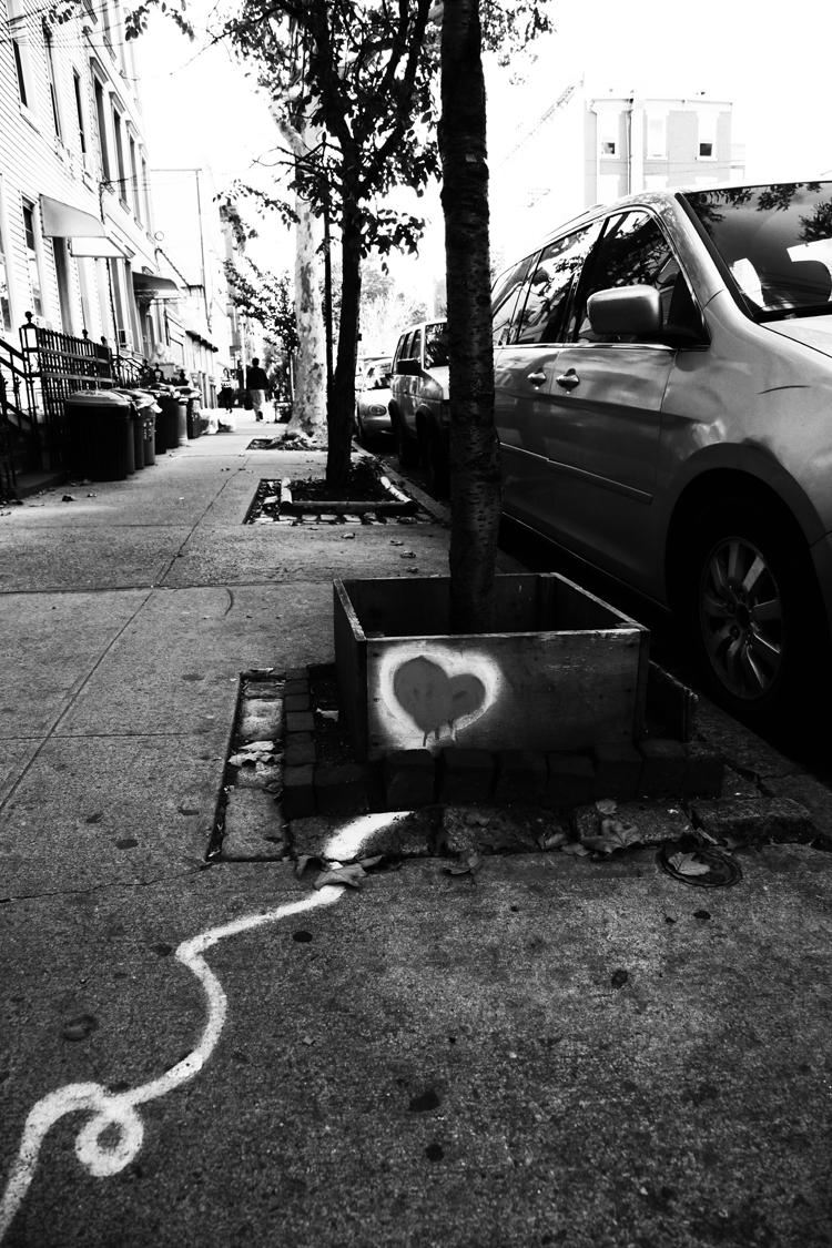(26)街に増殖するハートマークは? 永瀬正敏が撮ったブルックリン