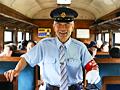 戦後のSLが走る里 古民家に宿泊するレトロ鉄道旅