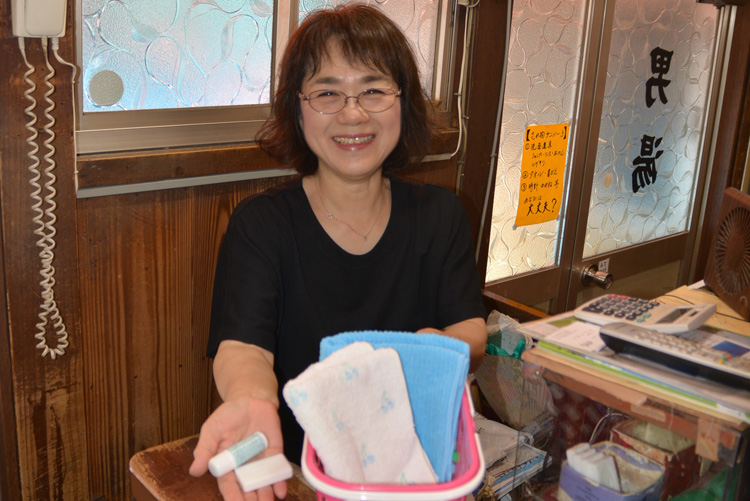 ズワイガニ解禁間近! 細川幽斎の城下町「西舞鶴」食ぶらり旅、名物銭湯も