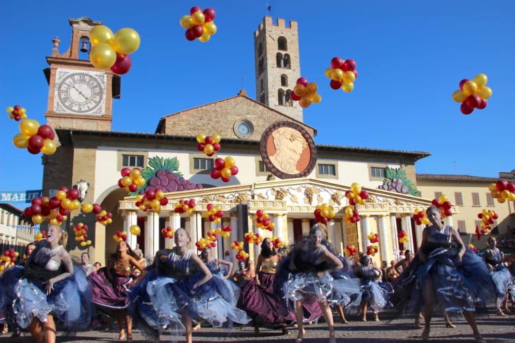 キャンティ・ワイン、テラコッタの里で、イタリア式「ブドウ収穫祭」