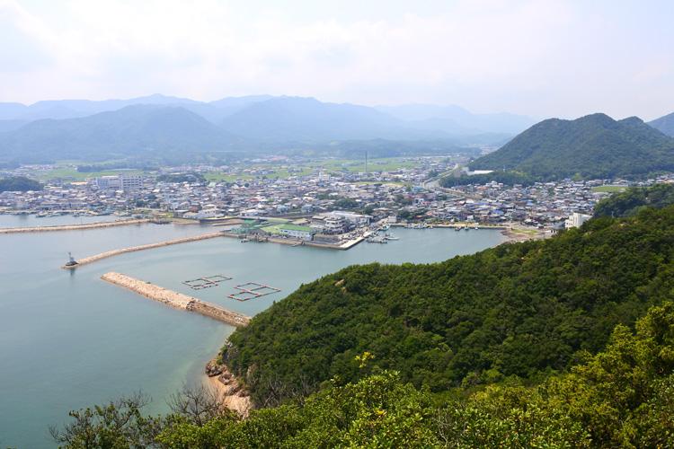 秀吉政権の威容と技術が残る、壮大な総石垣の海城 引田城(2)