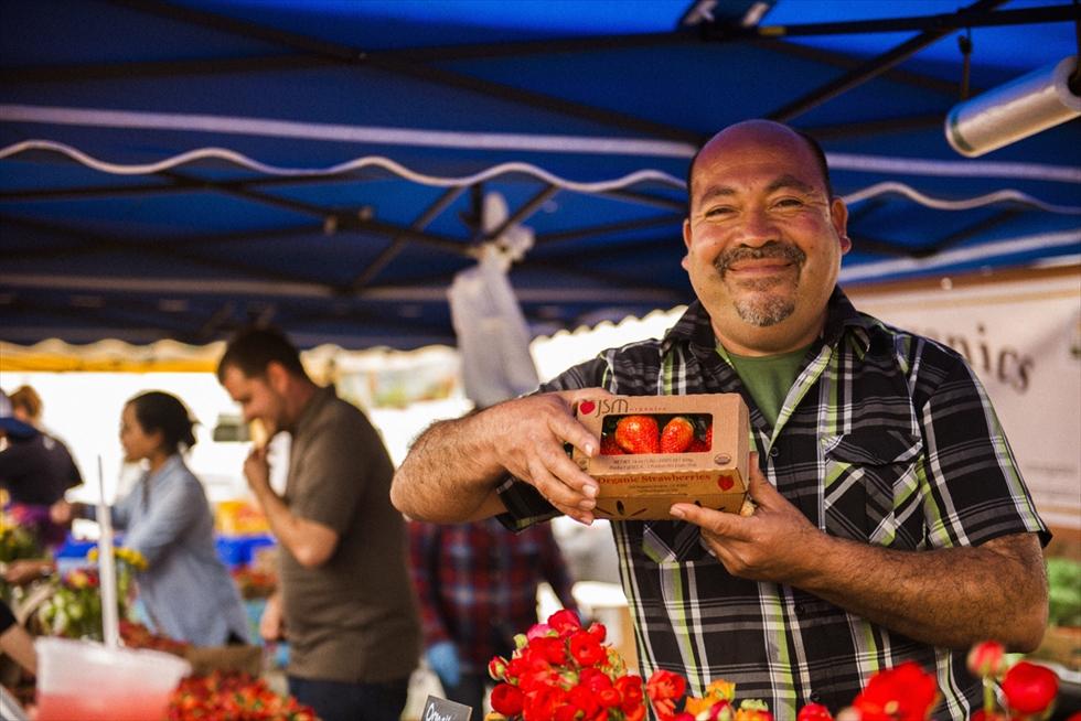サンフランシスコのファーマーズマーケットで出合う最高のイチゴ