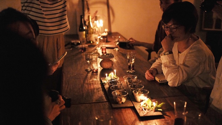 女子8人、食欲と物欲を満たす沖縄の旅