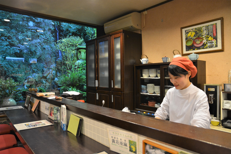 徳島で御朱印が人気の天神社、絶対食べたい名物グルメを巡る