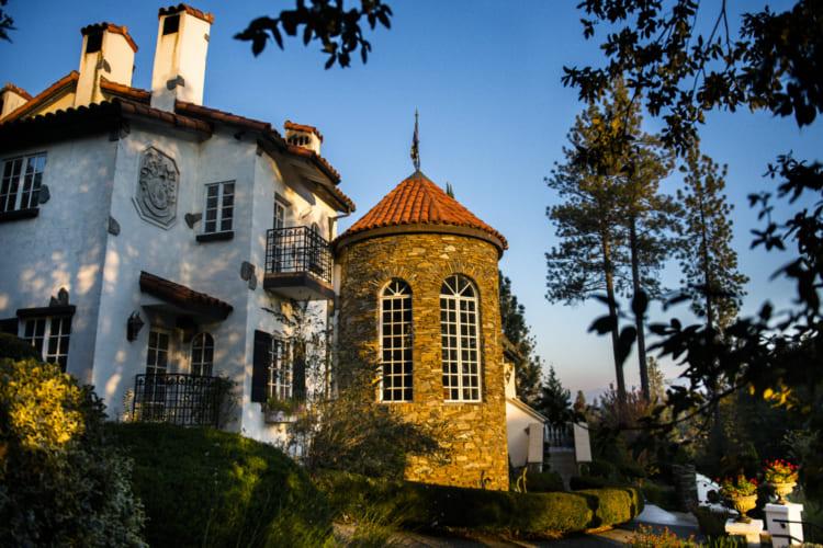 ヨセミテ公園の南玄関口の街、写真家が旅するオークハースト