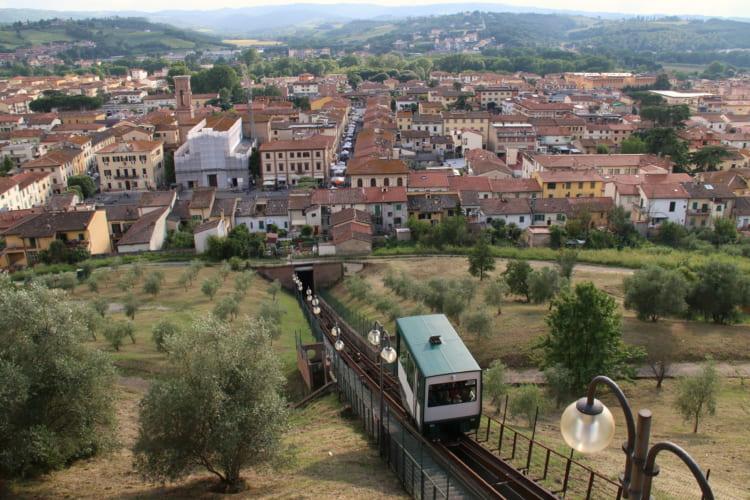 中世イタリア文学の巨匠ボッカチオゆかりの地、チェルタルド