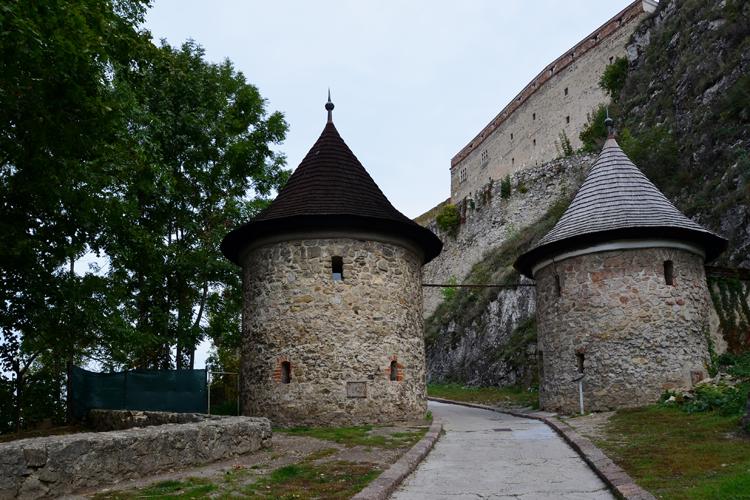 幽霊が出る!?堅牢な城 スロバキア・トレンチーン