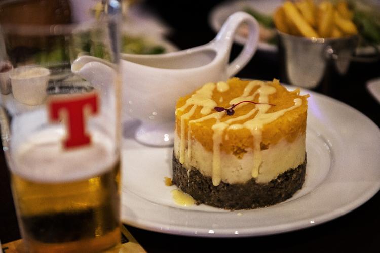 スコットランドの伝統料理、羊の内臓料理「ハギス」