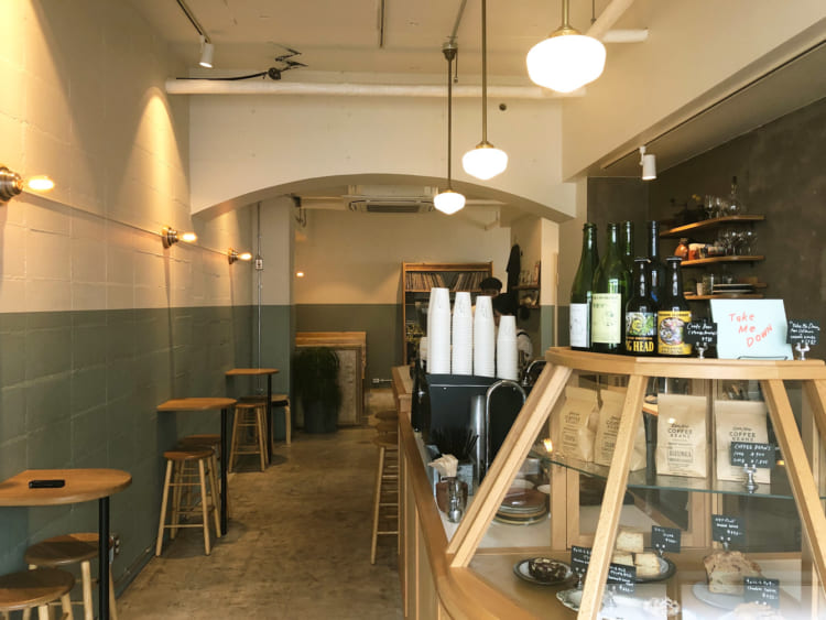 新潟市「dAb COFFEE STORE」店内