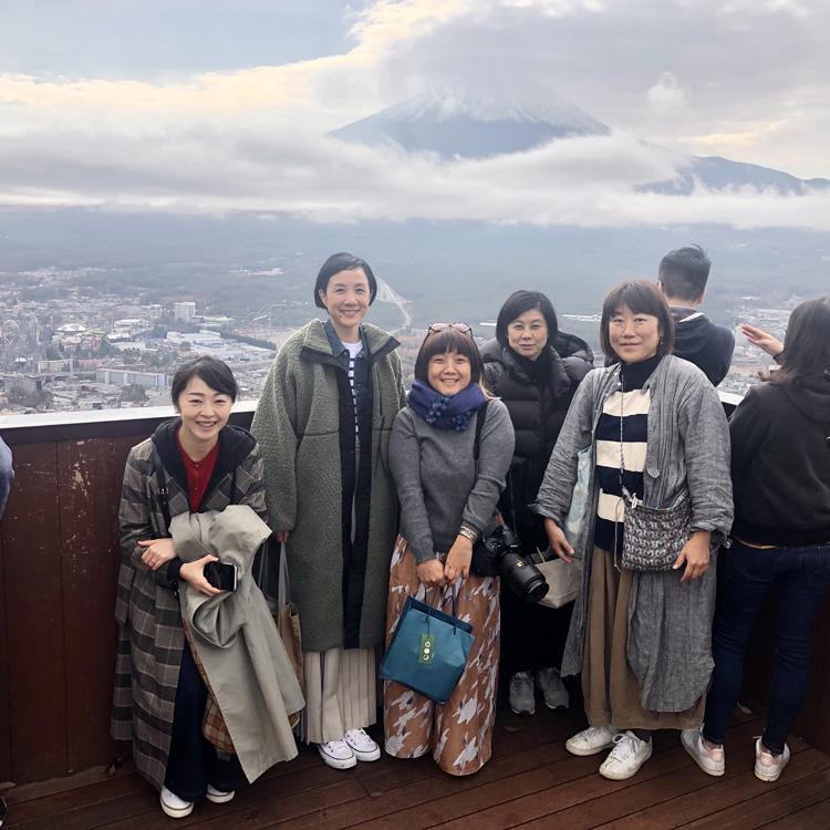 モデル・はな、富士の麓でグランピングを初体験