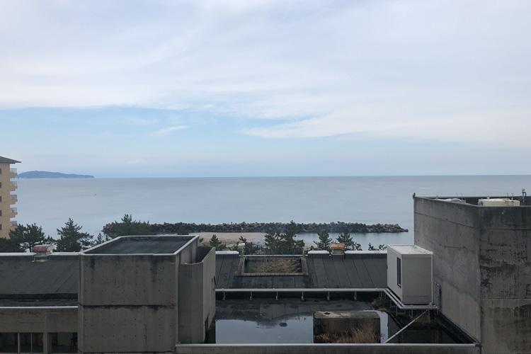 皆生、名建築のホテルを訪ねて 宇賀なつみがつづる旅(6)