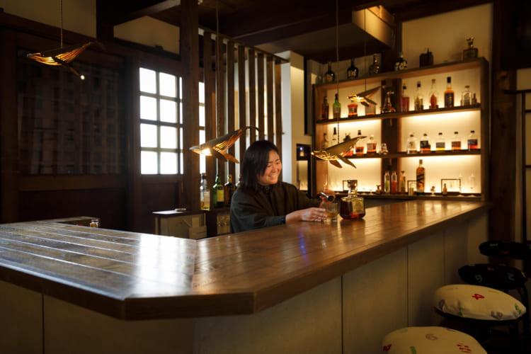 「蔵Bar」ではジャパニーズウイスキーや日本酒、梅酒など京都のメーカーのものを中心にそろえる