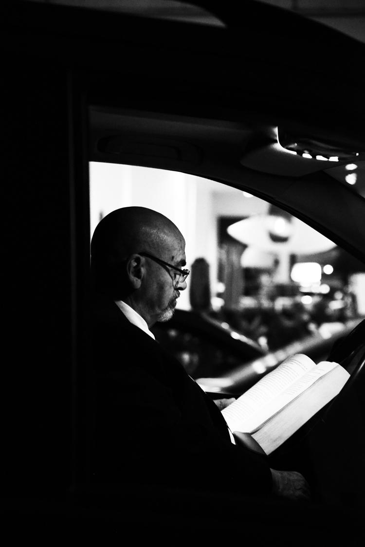 (46)この人は車中で誰を待つ 永瀬正敏が撮ったカンヌ