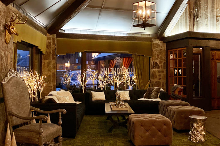 「オールド・ストーン・イン・ブティックホテル」のロビー