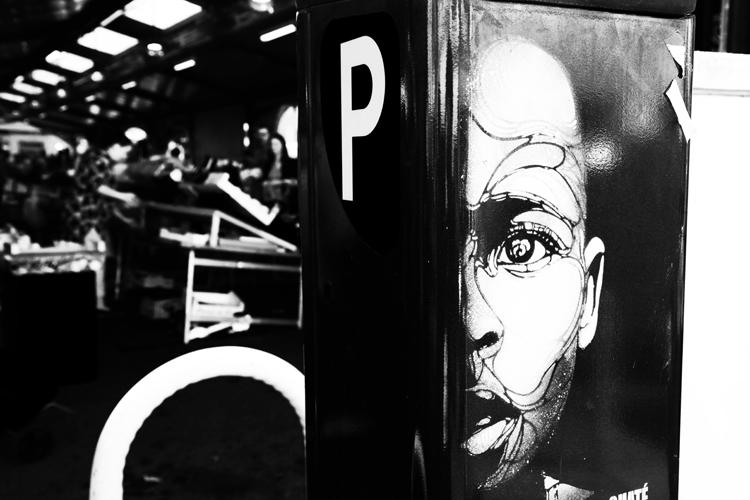 (50)アートがマルシェの門番? 永瀬正敏が撮った南仏