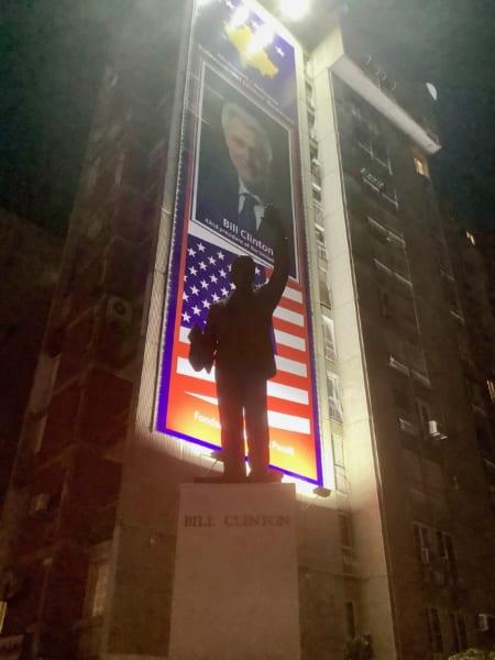 ビル・クリントン像