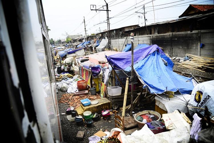 ジャカルタの線路