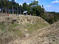 教科書的な「丸馬出」が残る山城 静岡・諏訪原城