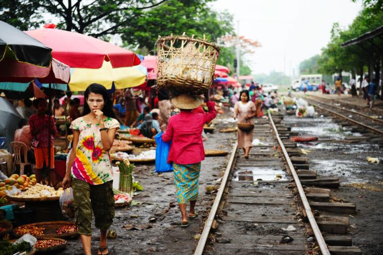 ヤンゴンの環状線
