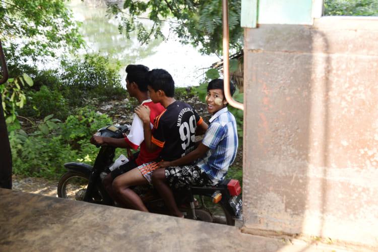 3人乗りバイク