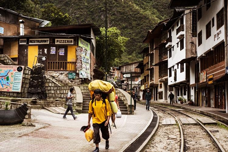 マチュピチュ村で見かける山の案内人