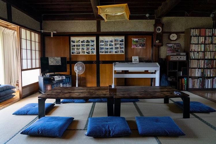 「清水さんの家」のサロン