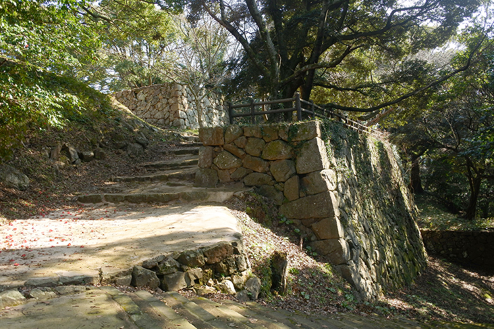 日本海を望む、津和野城と並ぶ石見の拠点 浜田城(1)