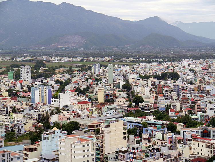 変わり続ける素朴な港町 ベトナム・ニャチャン
