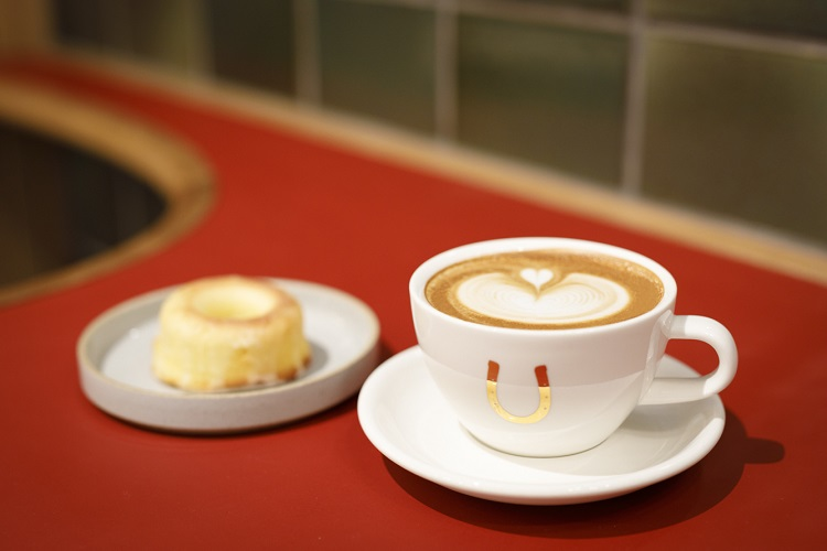 コーヒーとドーナツ