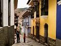 すり鉢状の街で住まい決めるには ボリビア・ラパス