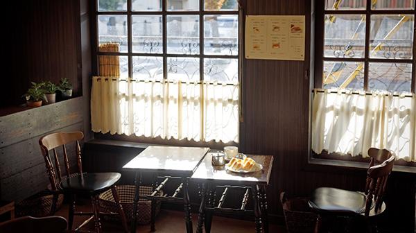 ふと帰りたい街の「止まり木」 京都「喫茶チロル」