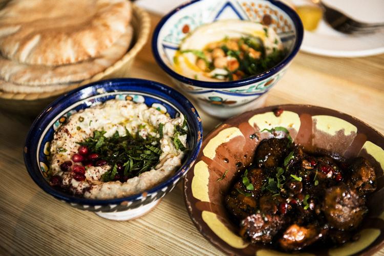 ロンドンで食べた後引くおいしさ レバノン料理