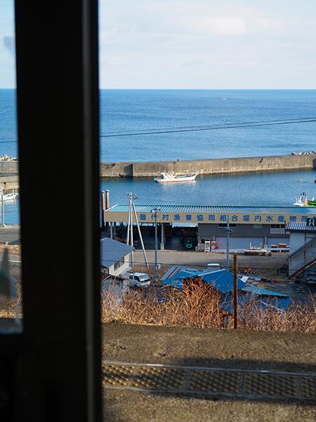 「あまちゃん」の舞台、北三陸の絶景駅へ 岩手県の野田玉川駅と堀内駅