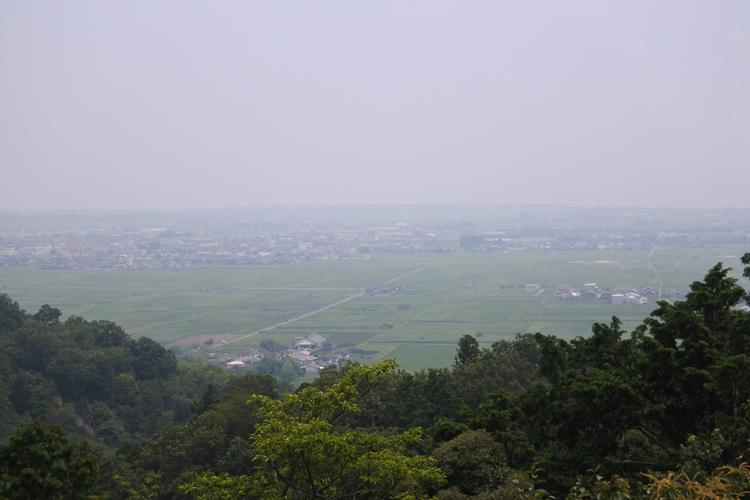 主郭からの眺望。天気がよければ琵琶湖対岸まで見える