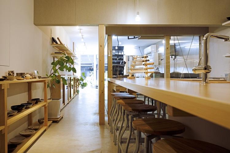キッチンスペース「厨房(ちゅうぼう) 食の間」では、包丁の研ぎ方講習や料理教室をはじめ、さまざまな食のイベントを開催