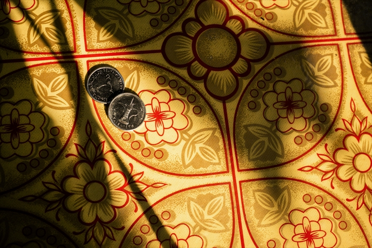 コーヒーポット柄のコイン
