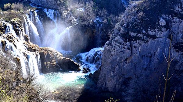 エメラルド色した水の王国 クロアチアの世界遺産