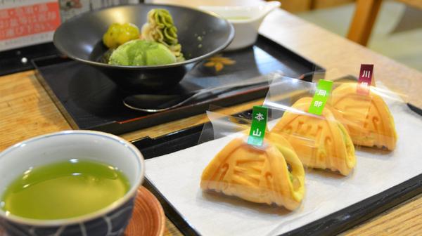静岡でお茶やスイーツ堪能 産地の違いを味わう