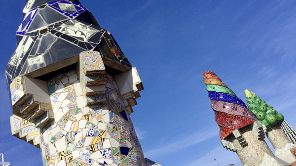 目を見張る世界遺産の住宅 ガウディ建築巡り