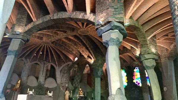 ガウディ最高傑作と名高い教会と聖地モンセラットへ