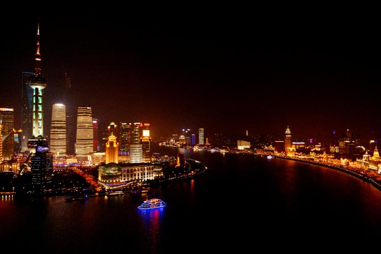 西洋と東洋が混在する上海の夜景