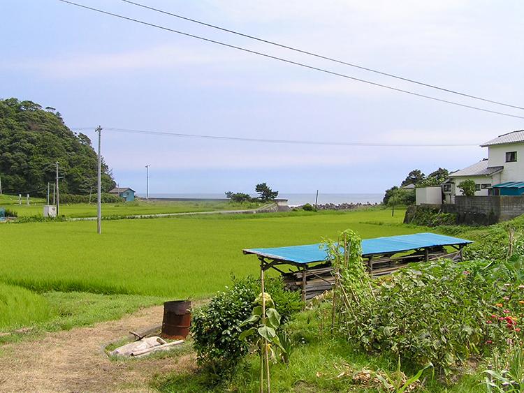 震災を越えて、愛され続ける木造駅舎 福島県・末続駅